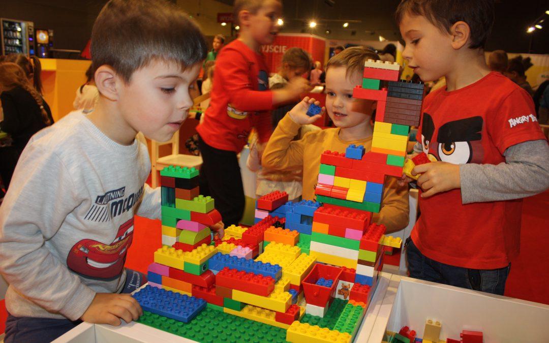 Zwiedziliśmy największą wPolsce wystawę budowli klocków Lego.