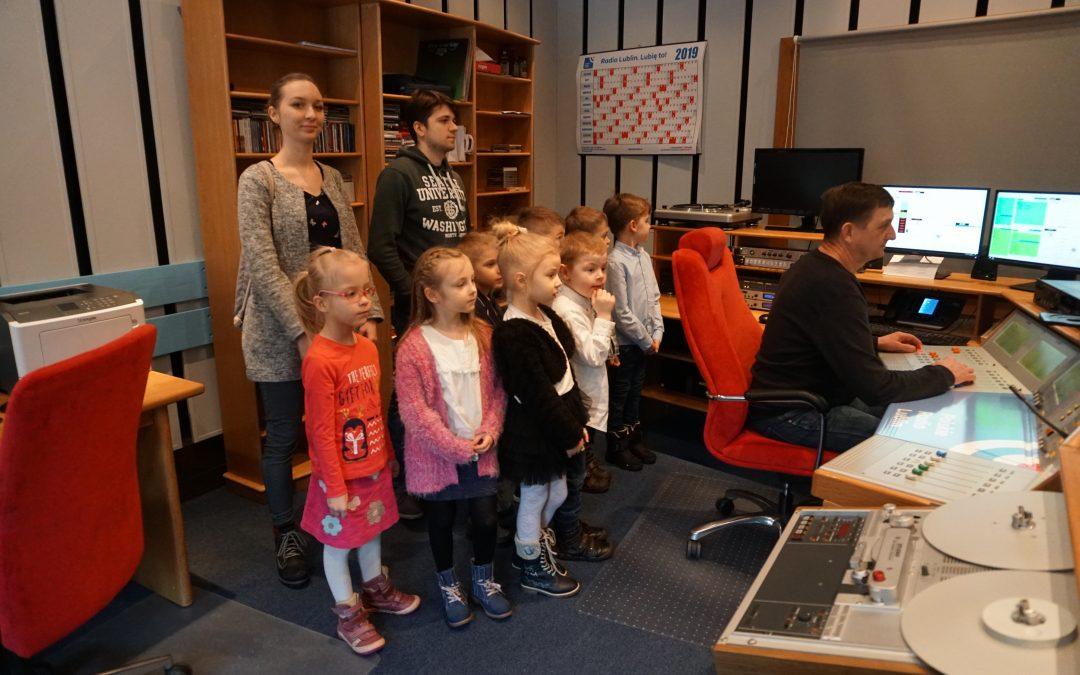 Profesjonalne nagranie piosenki dzieci znaszego przedszkola wRadiu Lublin